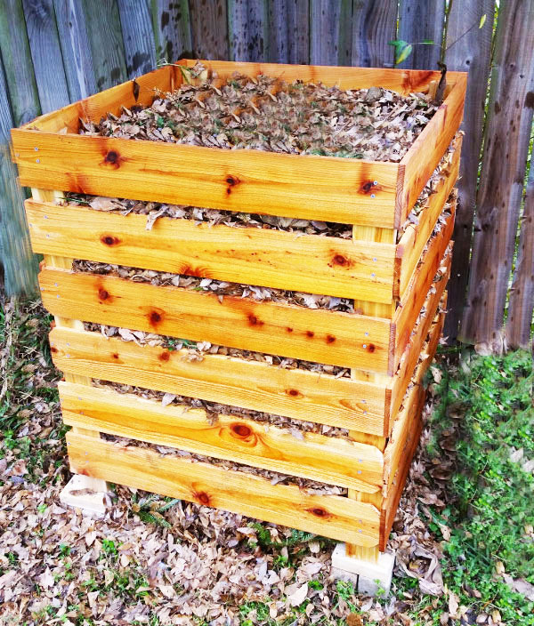 DIY Compost Bin | Free Garden Plans - How to build garden projects