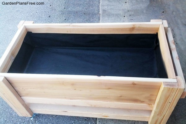 DIY-Planter-Box