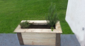 DIY Large Planter Bench