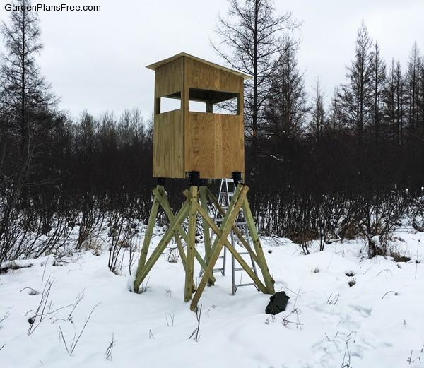 4x4-deer-stand
